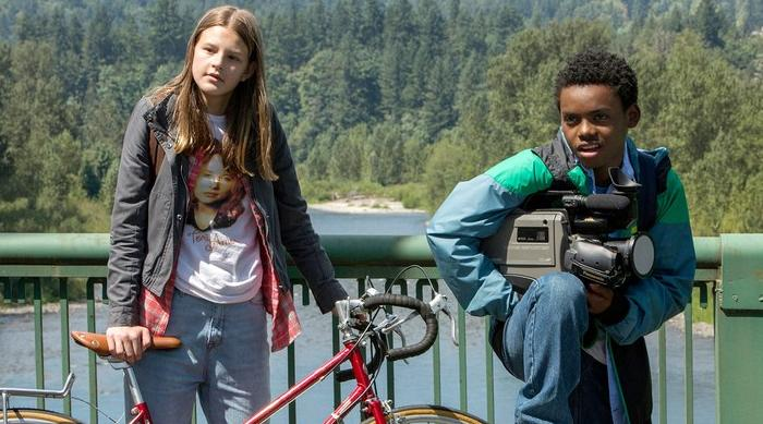 All the Reasons You Should Be Watching Netflix's Everything Sucks!