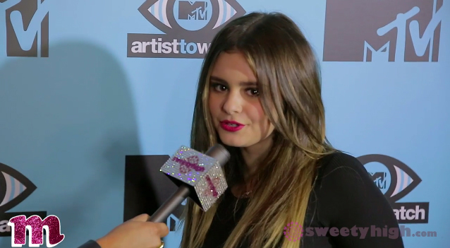 Jacquie Lee impersonates Herbert from Family Guy