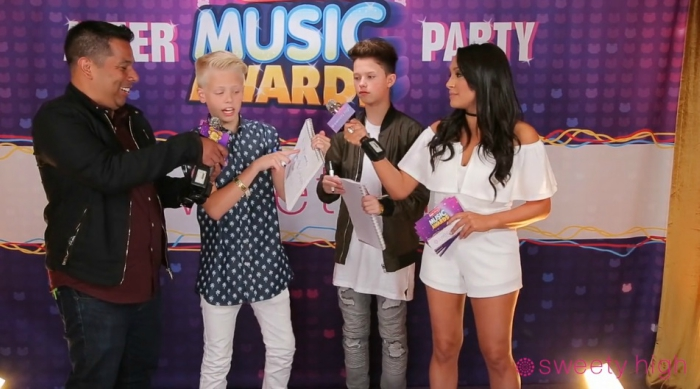 Carson Lueders at the 2016 Radio Disney Music Awards after party playing a trivia game