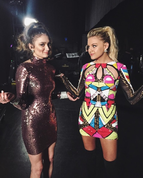 """Kelsea Ballerini and Daya together before their performance of """"Peter Pan"""" and """"Hideaway"""" at the 2016 Radio Disney Music Awards"""
