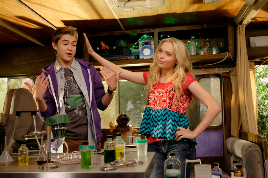 """Barry and Shelby from Disney Channel's """"Best Friends Whenever"""""""