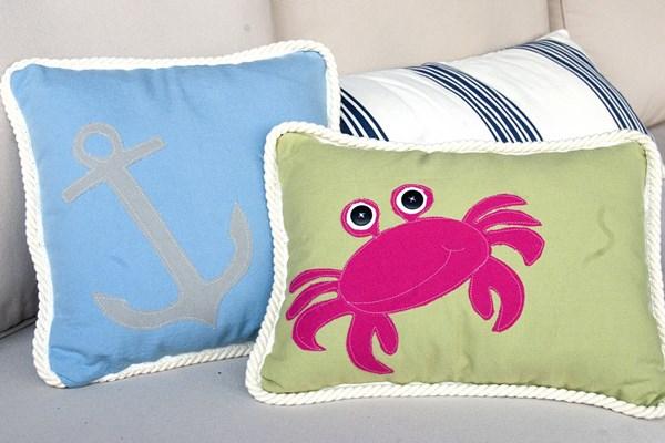 DIY summer crab pillow