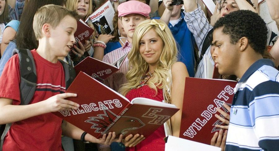 High School Musical 2 Sharpay Evans signing yearbooks