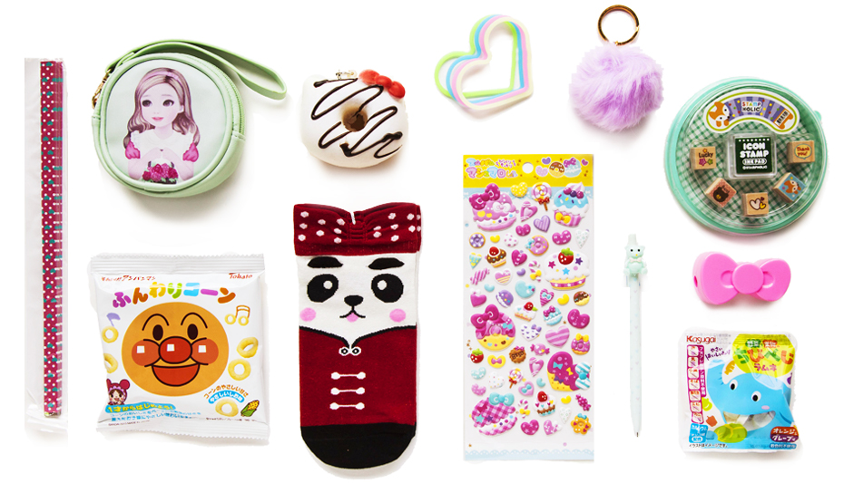 We got cute Japanese snacks, accessories, socks and more in this Kawaii Box