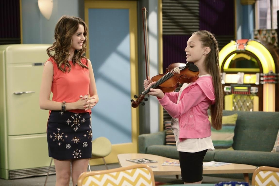 "Maddie Ziegler playing the violin on ""Austin & Ally"""