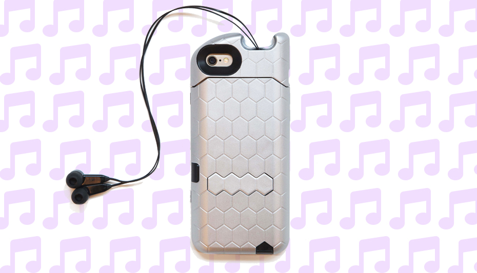 TurtleCell phone case has retractable earbuds for all of your music listening needs