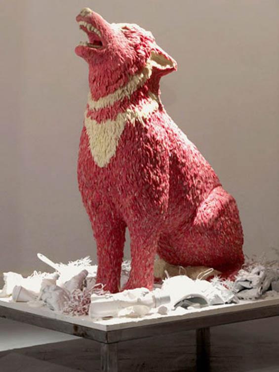 Wolf bubblegum sculpture