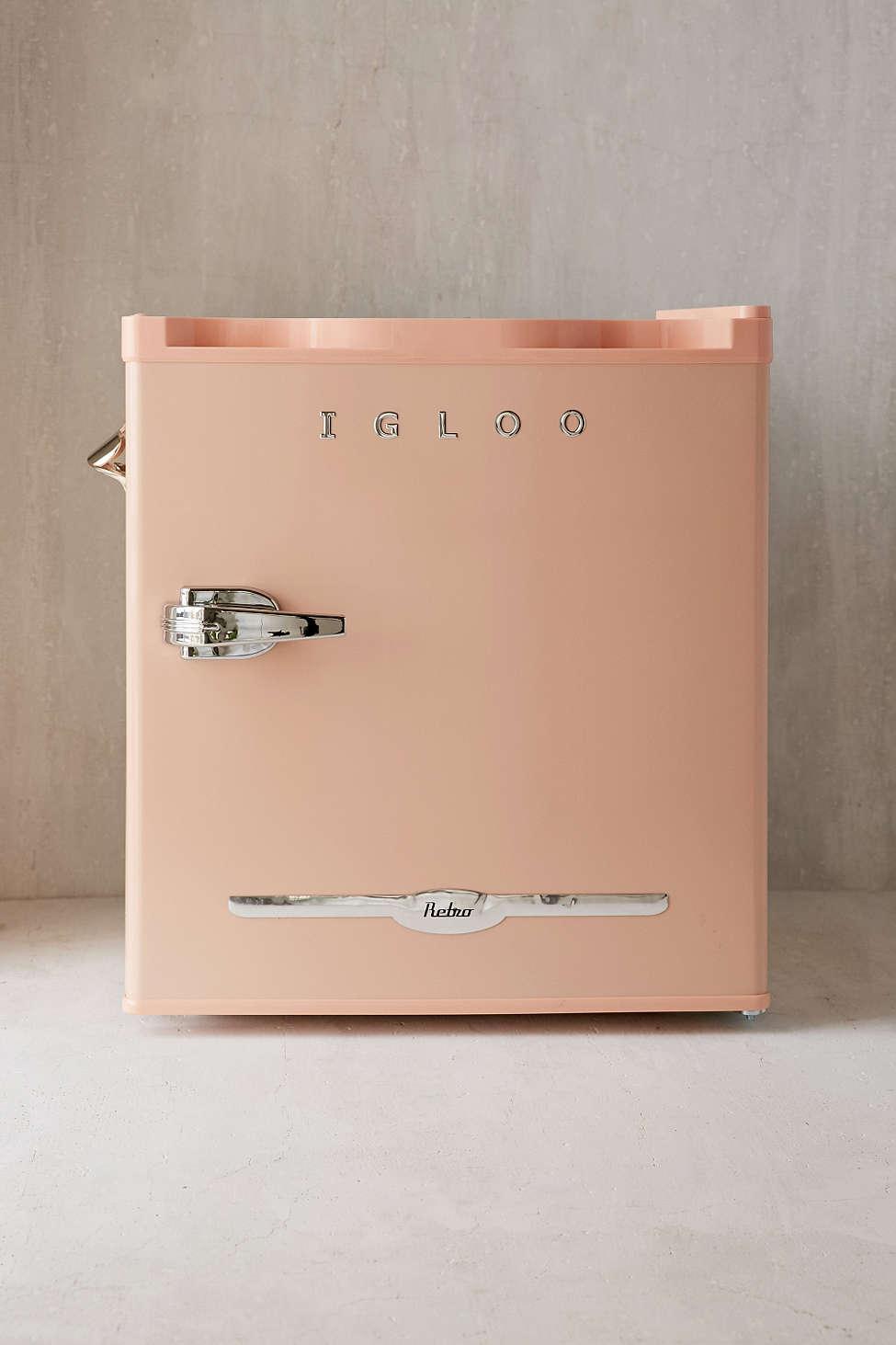 Mini Fridge for your Bedroom