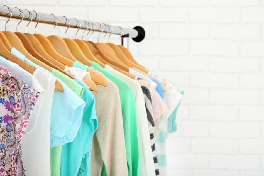 Clothing rack