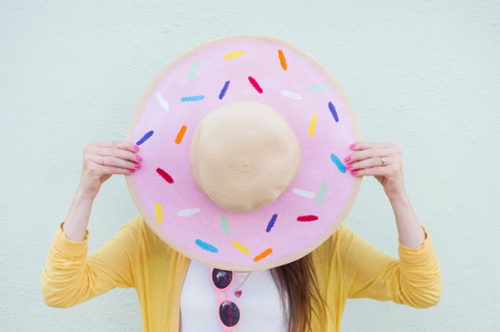 DIY floppy donut hat from Studio DIY