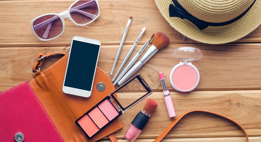 makeup-on-table-social-090216