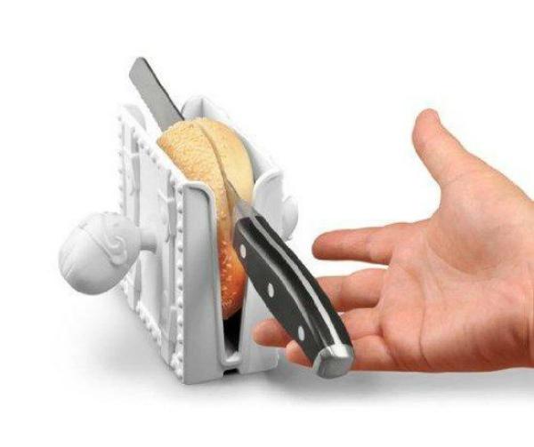 Magic box bagel slicer