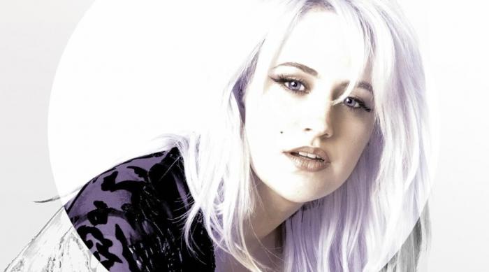 Pop singer Cassy London