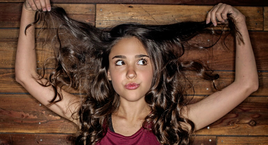Nickelodeon Actress Molly Jackson Is Our Amazing Wcw