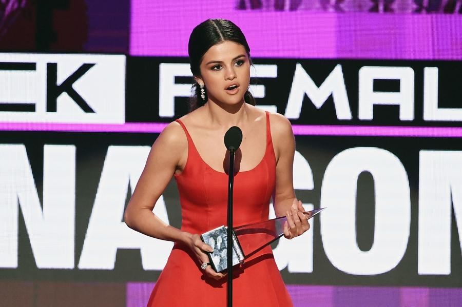 Selena Gomez AMAs acceptance speech