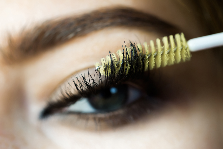 Easy Ways To Get Fuller Lashes