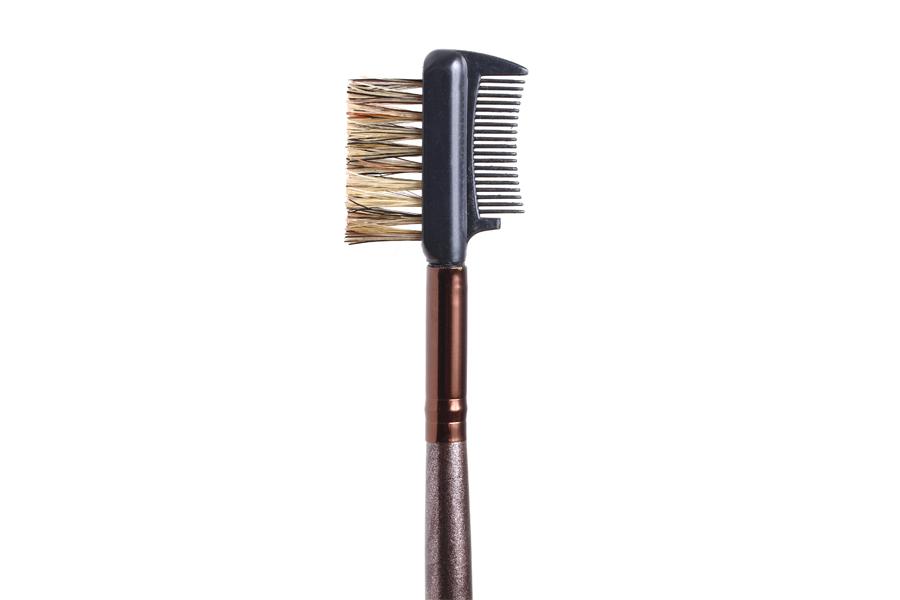 Soft brush wand for lashes