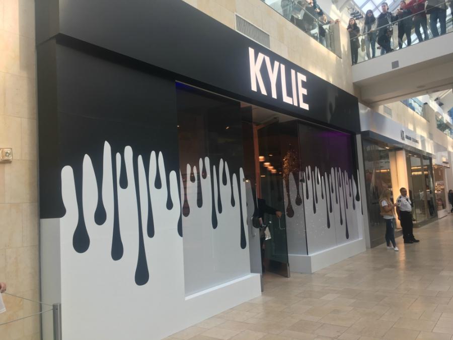 Kylie Jenner's Pop Up Shop
