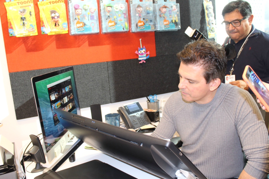 Butch Hartman draws for us at Nickelodeon Animation Studios