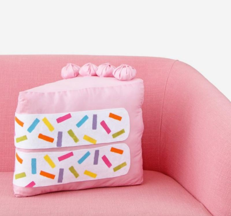 DIY funfetti cake slice pillow