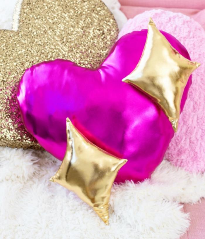 DIY sparkle heart emoji pillow from Studio DIY