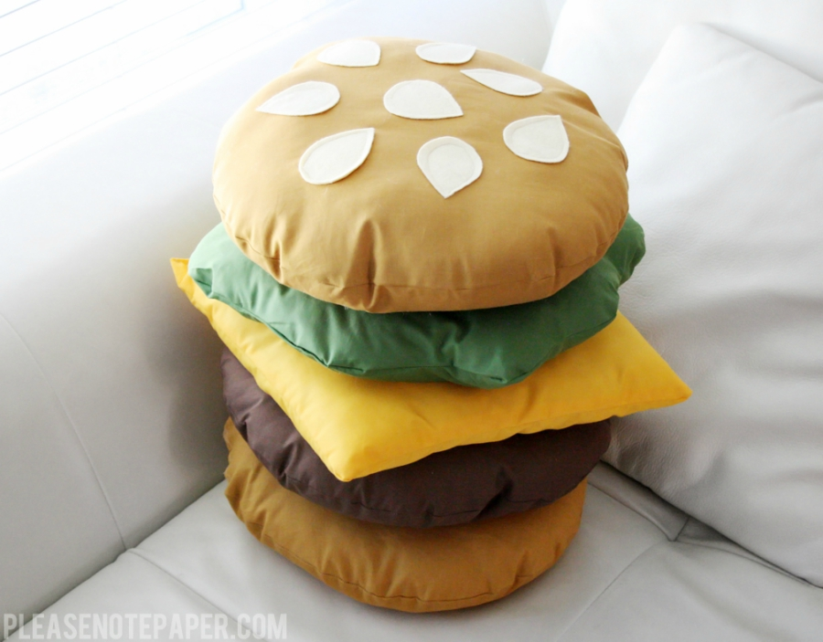 DIY stackable burger pillow from Please Note