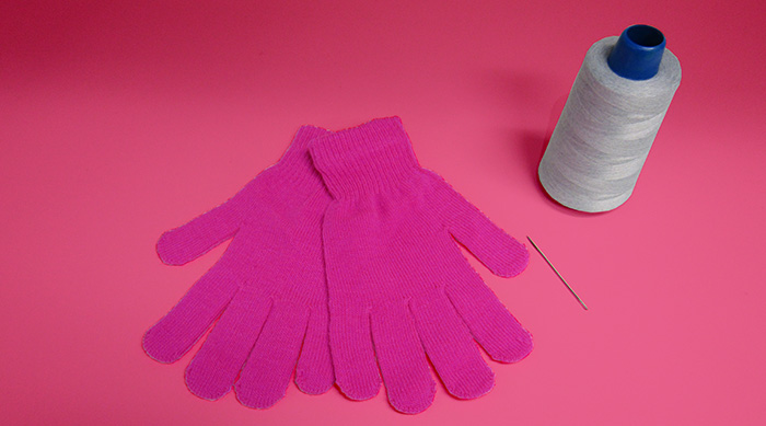 DIY touchscreen gloves: gloves, needle and conductive thread