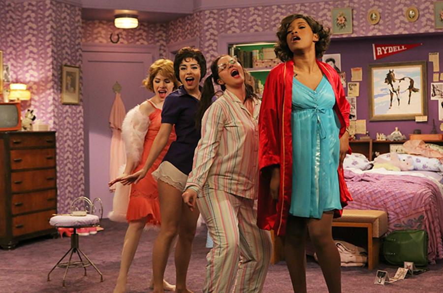 Pyjama party full movie - 4 10