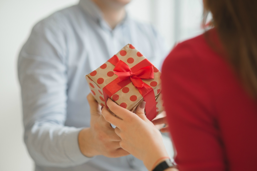 Best Valentine S Day Gifts For Every Stage Of Relationship