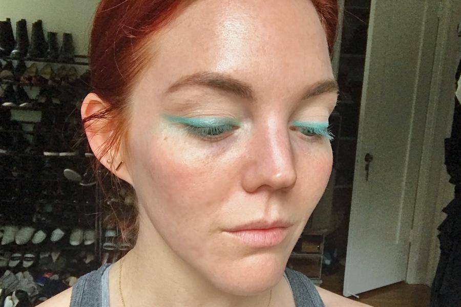 Teal eyeshadow liner mermaid makeup trend