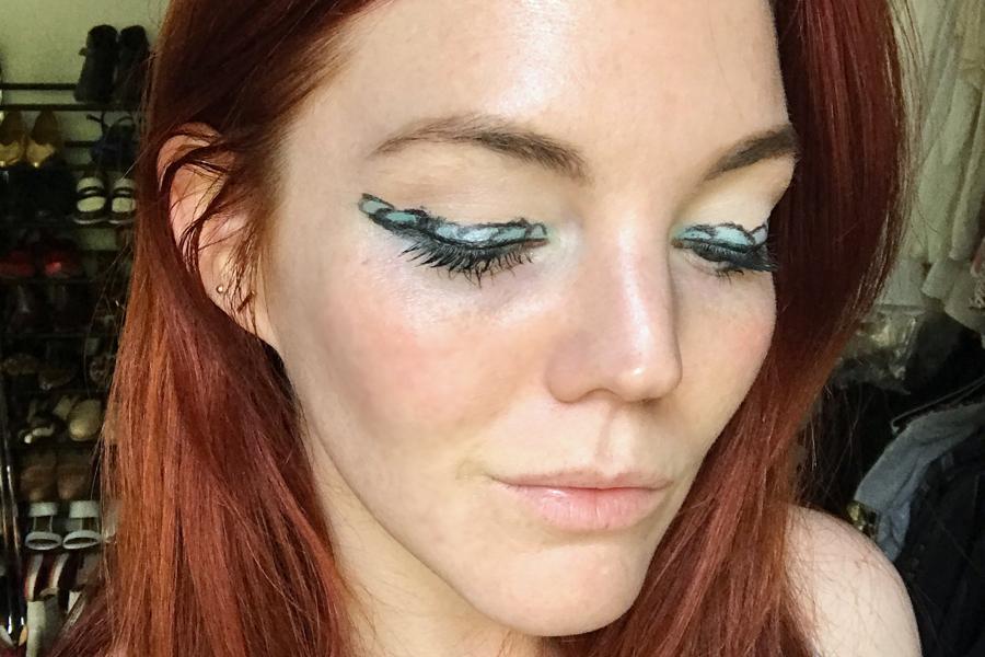 Final mermaid makeup trend look