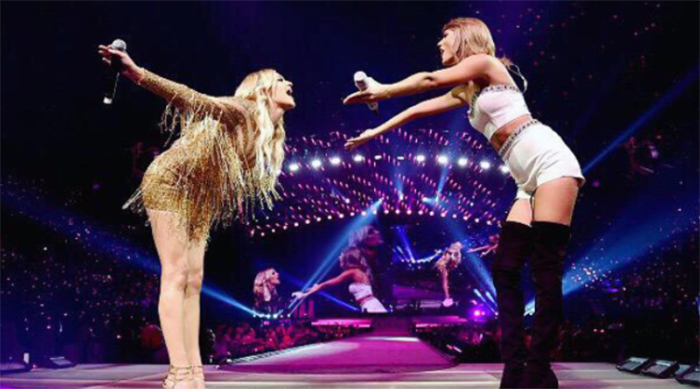 Kelsea Ballerini and Taylor Swift performing together