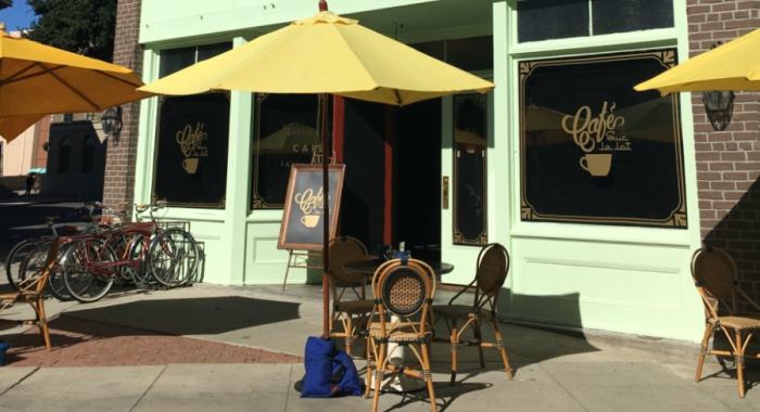 set of la la land coffee shop at warner bros. lot