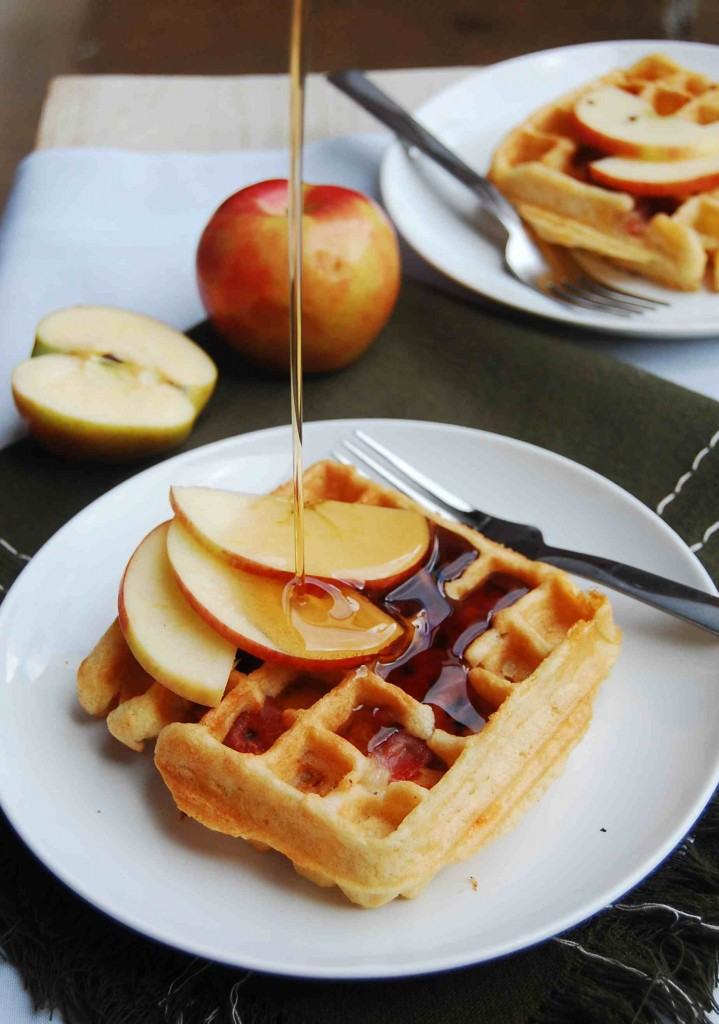 Apple, cheddar and prosciutto waffles