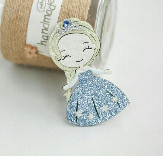 Elsa felt glitter clip