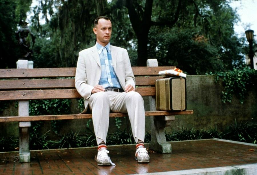Still of Forrest Gump on bench