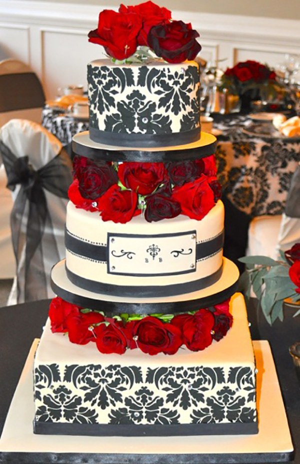 Sugar High Score wedding cake
