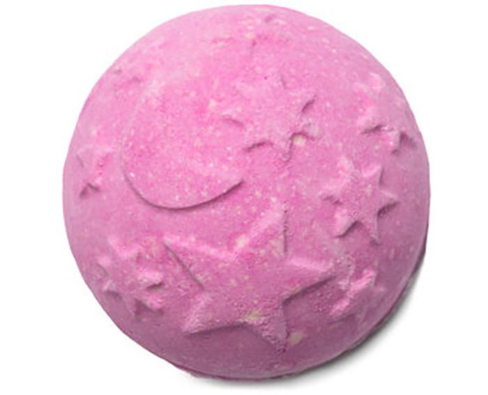 Lush's Twilight bath bomb