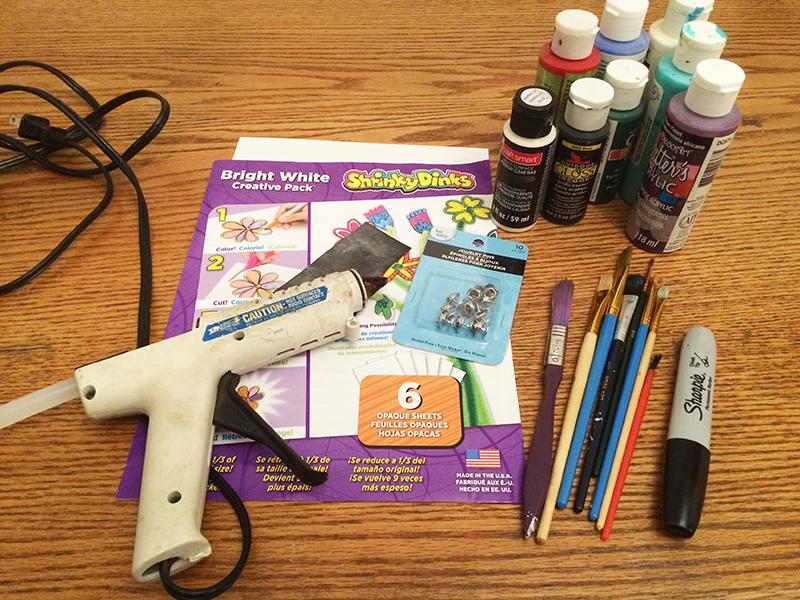 Crafting tools to create DIY lapel pins
