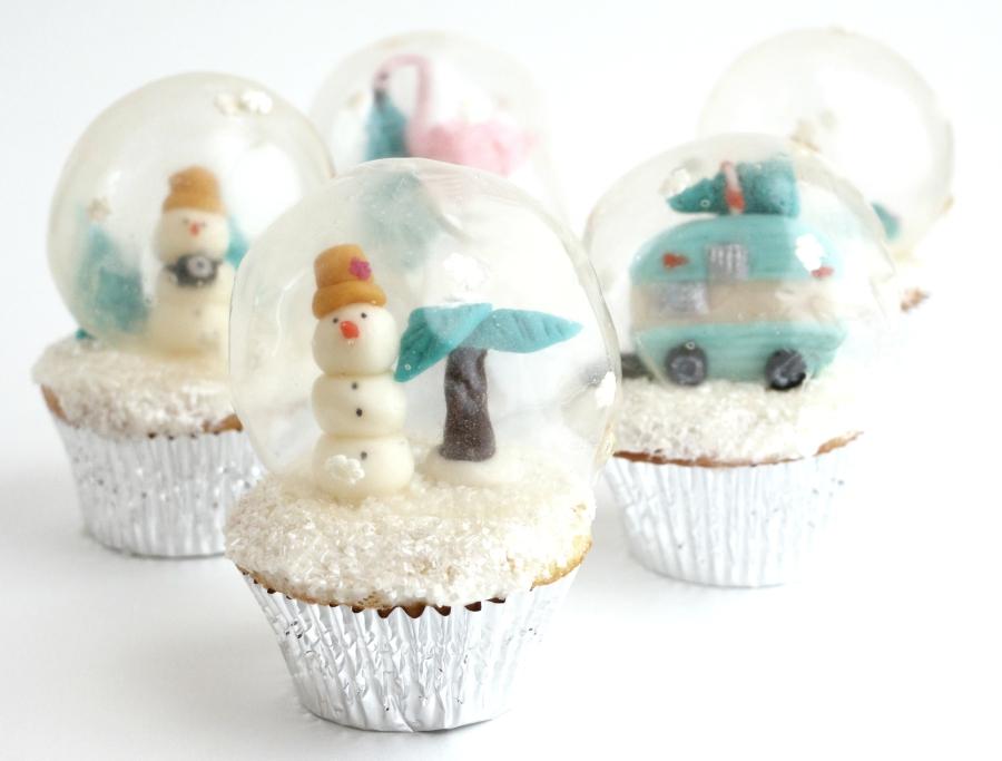 Alana Jones-Mann winter cupcake snowglobes