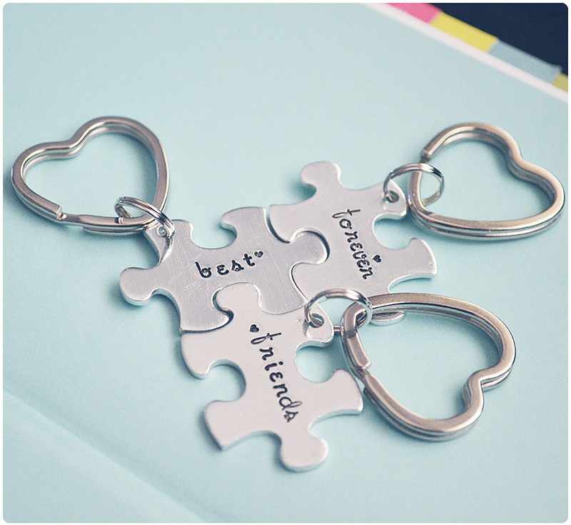 Best friends forever puzzle pieces keychain