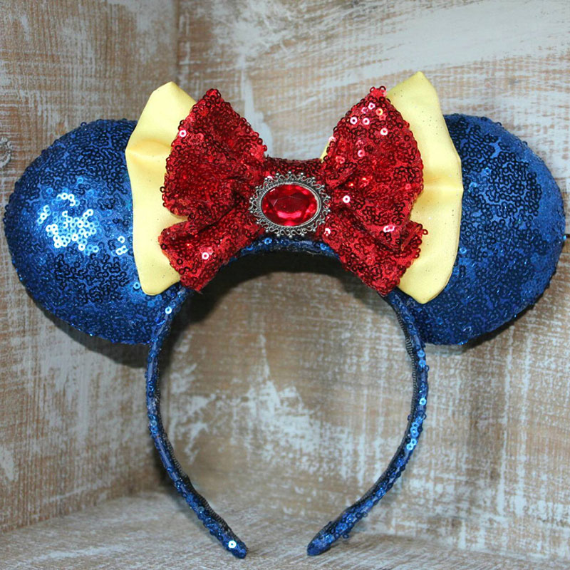 Snow White Minnie Mouse ears