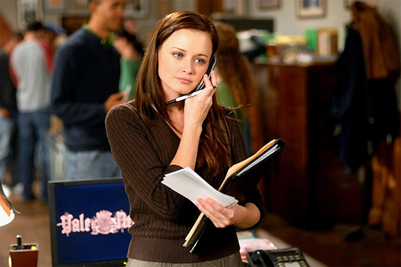 Rory on the phone in Gilmore Girls