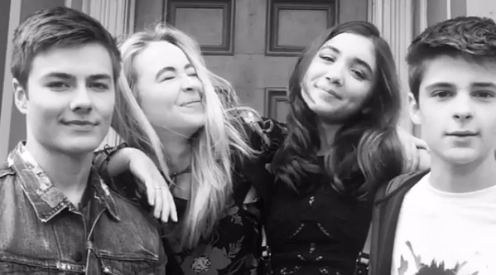 Cast of Girl Meets World being cute