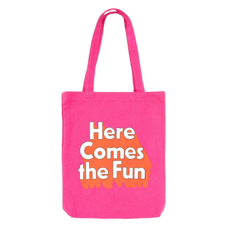 Here Comes the Fun pink beach bag from Ban.do