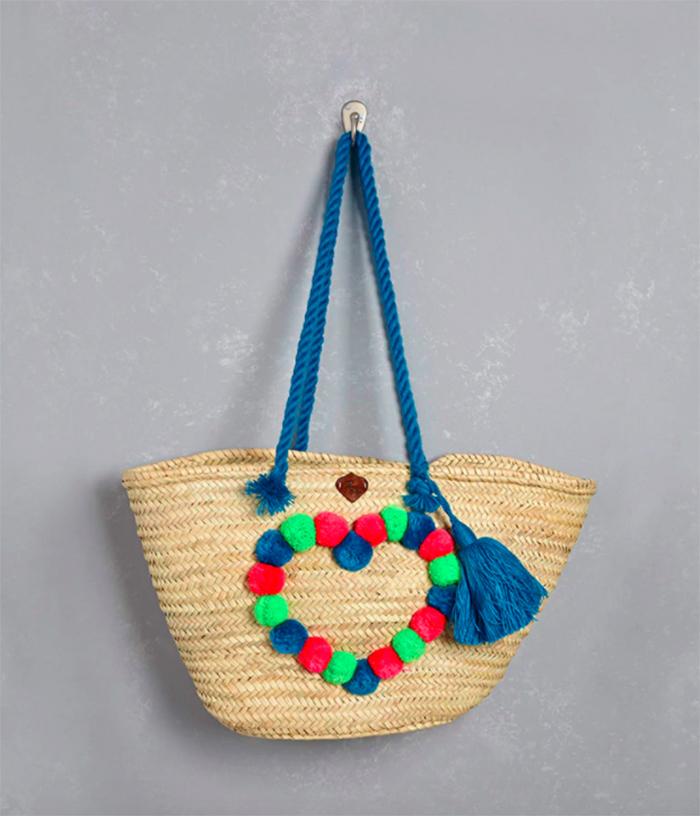 Pom pom heart beach bag