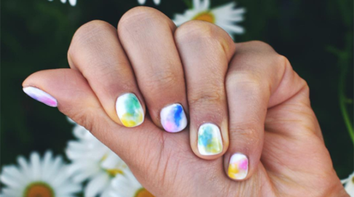 Summer rainbow nails