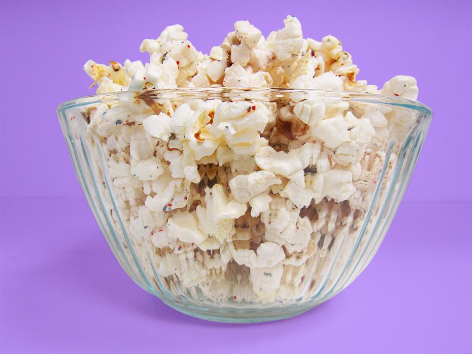 Pop Secret Popfetti side view in bowl