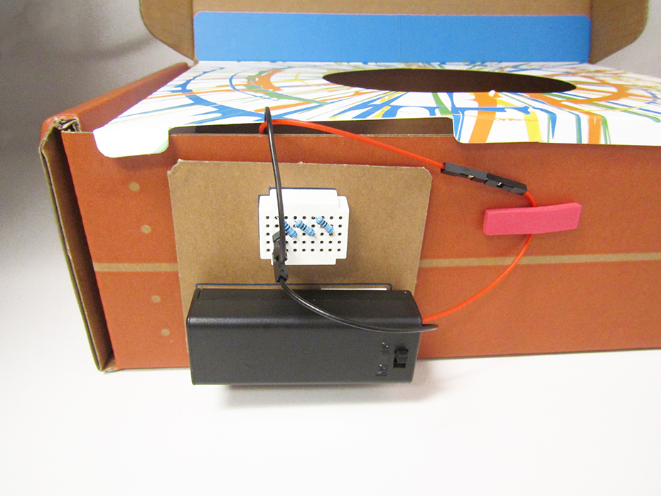 Tinker crate spin art machine battery and bread board