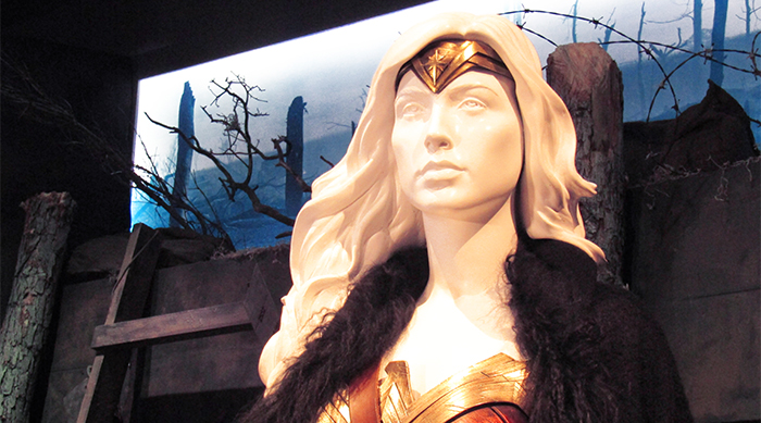 Wonder Woman statue from WB exhibit with Tiara, coat and wonder woman armor